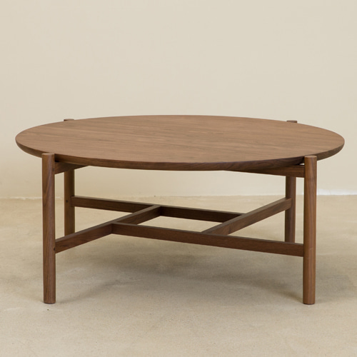 ROUND TEA TABLE (WALNUT)
